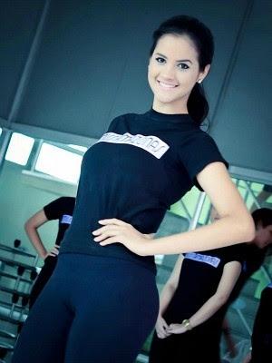 Candidata ao Miss Amazonas 2013 se sentiu mal após lipoaspiração (Foto: Divulgação/Miss Amazonas)