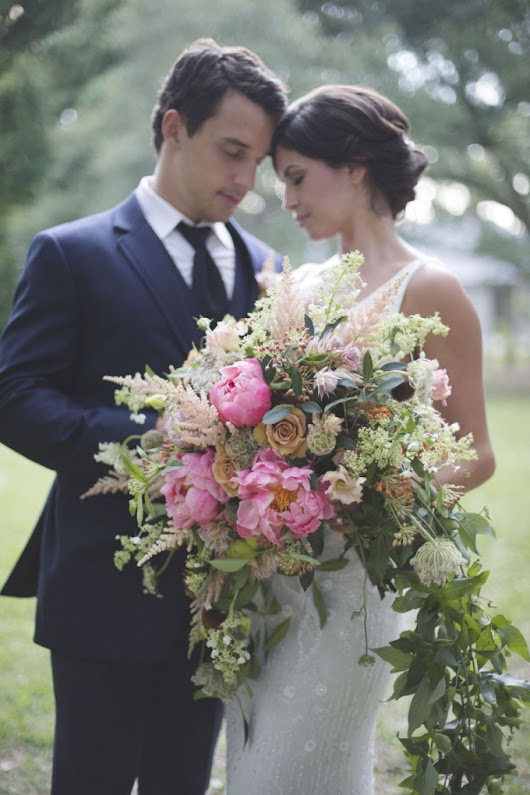 Glam Plantation Wedding Inspiration | Glamour & Grace