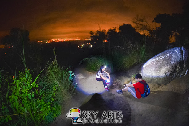 Hiking Broga Hill with Nuffnang Shutterbugs