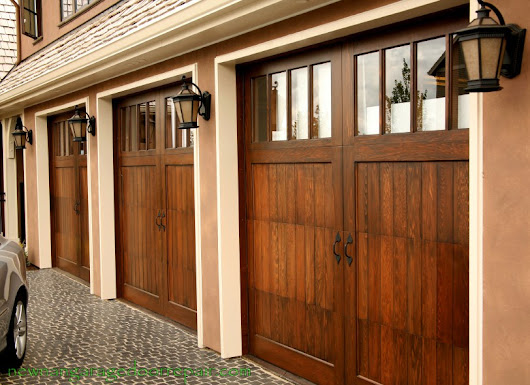 Why Hire a Reputable Garage Door Service