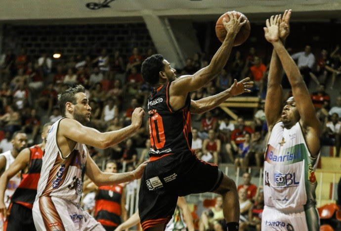 Flamengo x Caxias do Sul basquete NBB (Foto: Bruno Lorenzo/LNB)