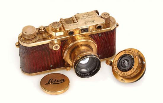 Gold-Plated-Luxus-1931-Leica-Camera-1