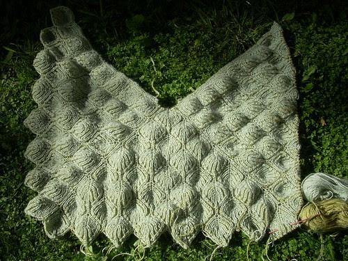 Brioche shawl: casting off by Asplund
