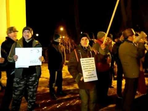 [VIDEO] Protest la Suceava - marţi, 24 ianuarie. Manifestanţii au jucat Hora Unirii