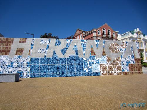 Arte Urbana by Add Fuel - Azulejos, Herança Viva na Figueira da Foz Portugal - Texto Herança (2) [en] Urban art by Add Fuel - Tiles, Living Heritage in Figueira da Foz, Portugal