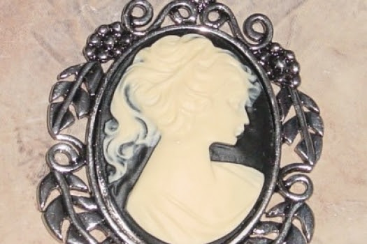 Beautiful Cameo Pendant Silver Finish Large