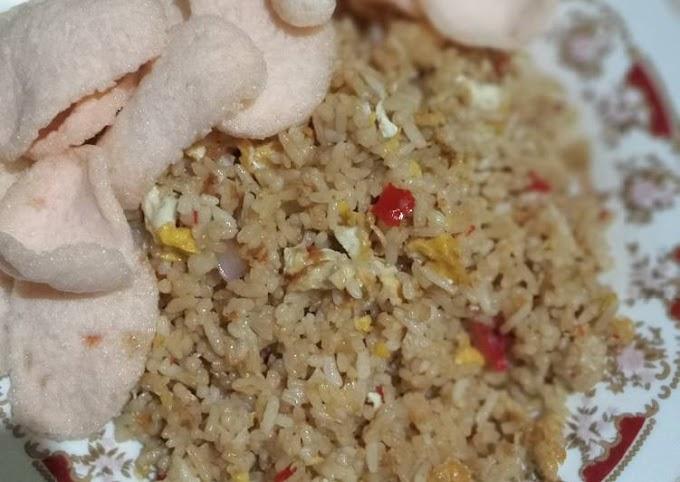 Cara Praktis Memasak Nasi Goreng Ala Rumahan Bikin Nagih