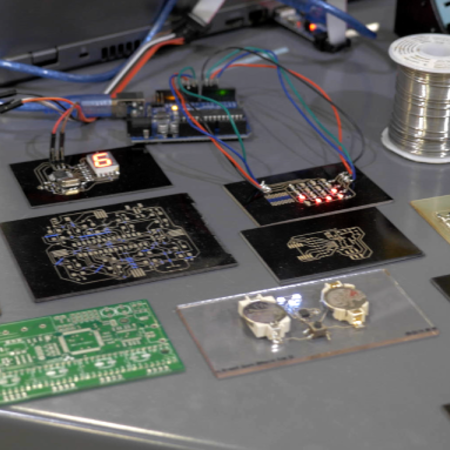 The V-One Wants to Print Your Next 3D Printer's Circuit Board | 3DP4E