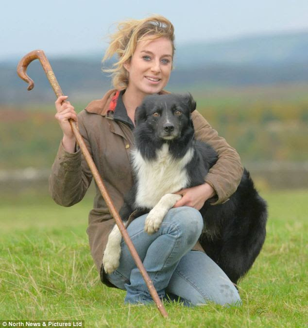 Miss Gray began working with dogs at 13, and is is currently training Roy¿s five-month-old puppies
