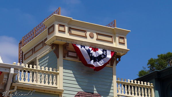 Disneyland Resort, Disneyland, Main Street U.S.A., guard rails