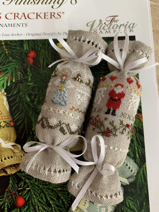 The Christmas fun stitching has begun with a finish – Teresa Little Stitcher