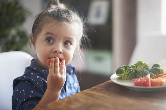 5 Strategies to Help Your Child Try New Foods