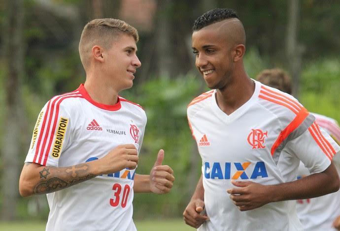 Matheus Sávio e Jorge, juniores do Flamengo (Foto: Gilvan de Souza / Flamengo)