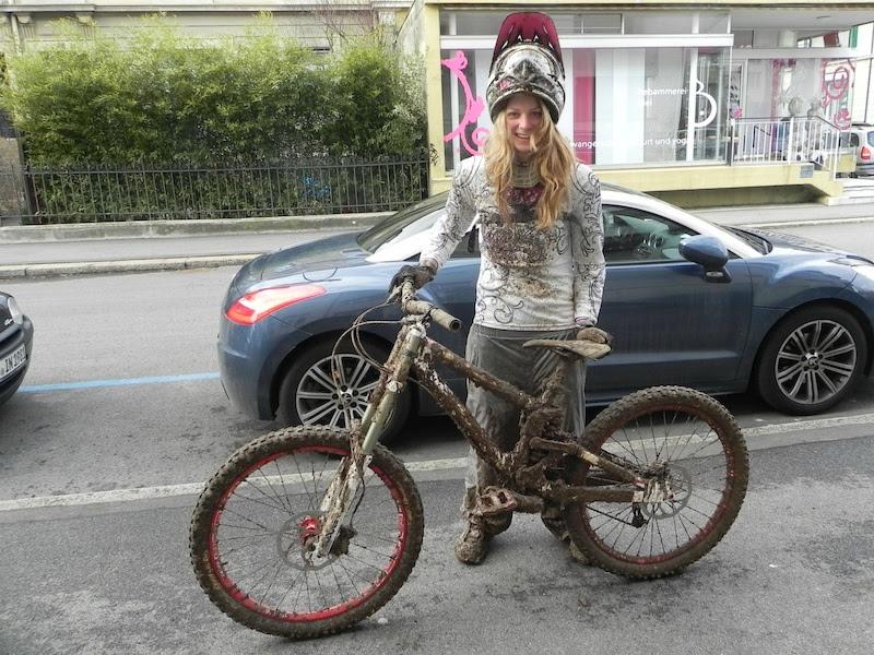 meninas bonitas de bicicleta (sem Amelies bicicleta)