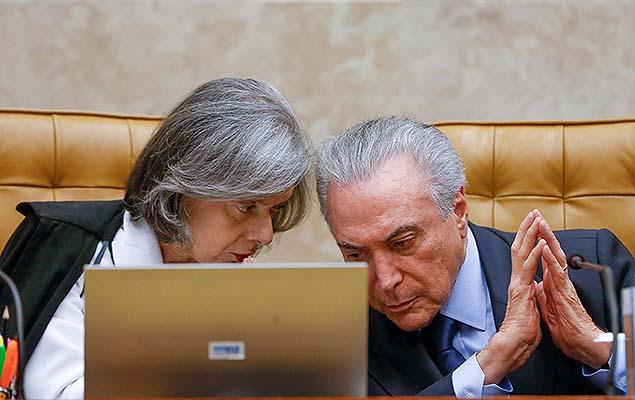Michel Temer e a ministra Cármen Lúcia durante sessão no STF, em Brasília (DF)