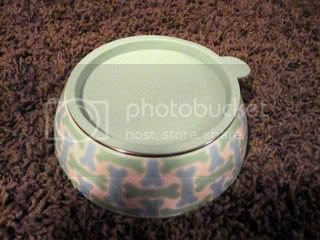 IMG 1827 Giveaway: Martha Stewart Pets Spring Collection Dish Set and Hoodie