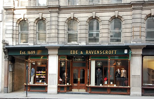 Ede and Ravenscroft est 1689
