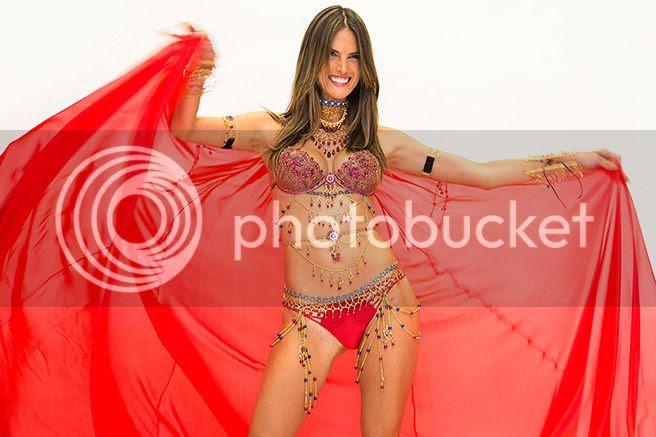 Alessandra Ambrosio Victoria's Secret $2M Bra photo alesandra_ambrosio-victorias-secret-2014-fashion-show.jpg