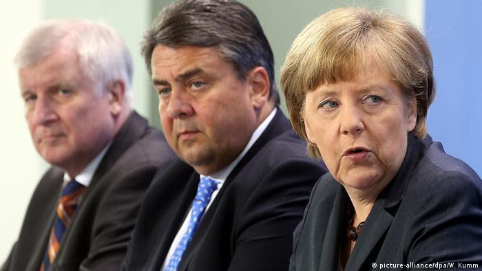 Die Spitzen der großen Koalition: Seehofer, Gabriel und Merkel (von li.) (Archivbild: dpa)