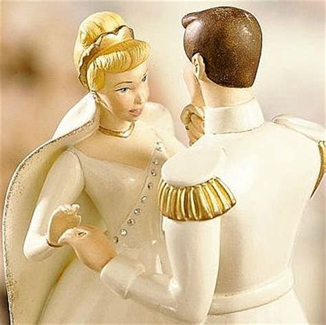 Cinderella's Disney Wedding Day Cake Topper   Lenox
