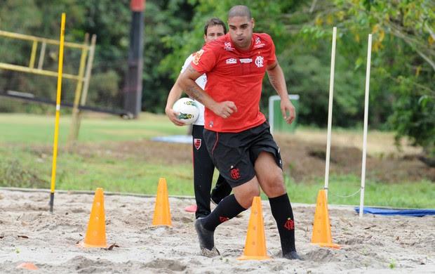 Adriano treino Flamengo (Foto: Alexandre Vidal / Fla imagem)