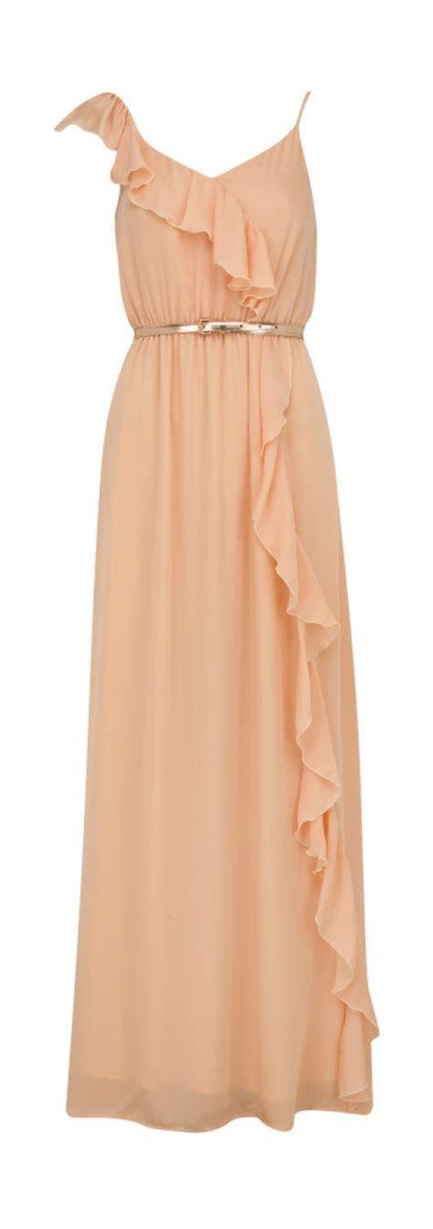 long peach dress. classy. I need a place to wear beautiful