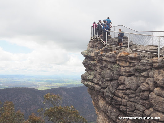 Memorable moment - The Pinnacle at The Grampians - Feet on Foreign Lands