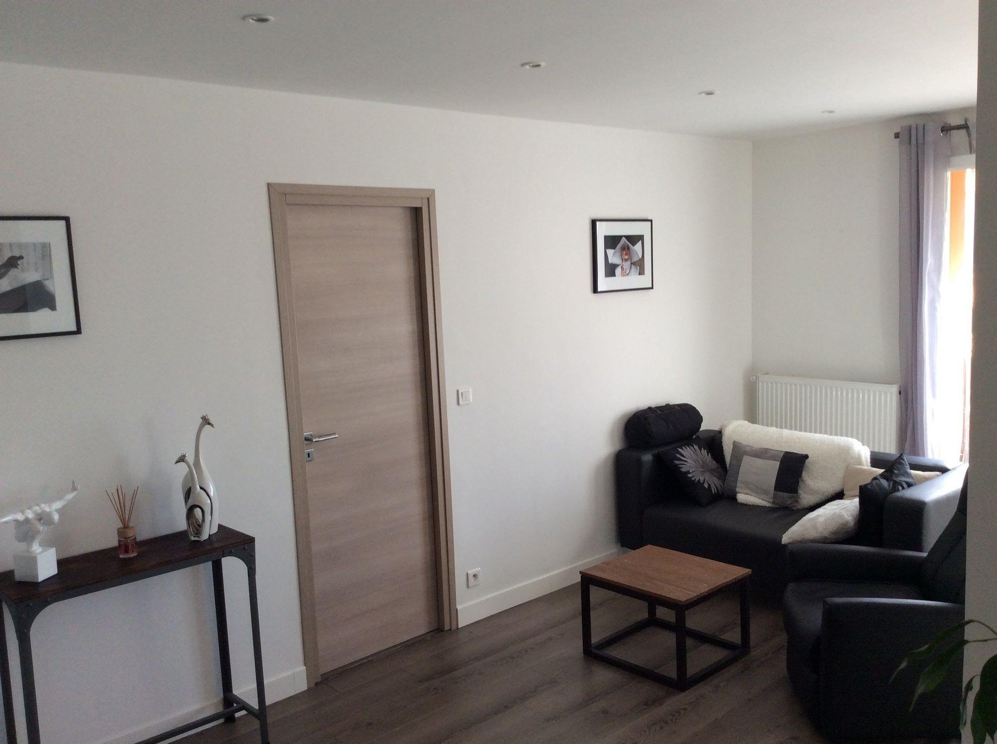 v randa moderne toit plat prix. Black Bedroom Furniture Sets. Home Design Ideas