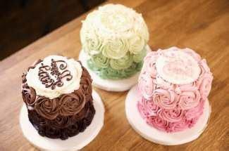 Cake Shop in Edinburgh   Glasgow   Liggy's Cakes
