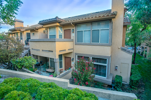 Back on Market! Foothill Ranch Condo! $345,000 | OC Specialist RE Agent