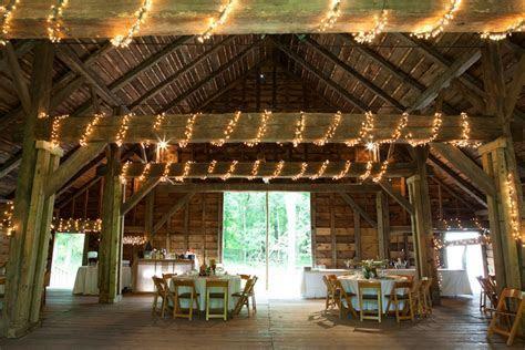 Hudson River Valley Barn Wedding   Rustic Wedding Chic