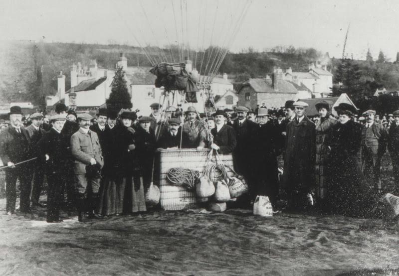 File:Ballooning at Monmouth Gasworks.jpg