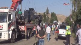 Haberler Cizrede Boya şişesi Atılan Zırhlı Araç Devrildi 4 Polis