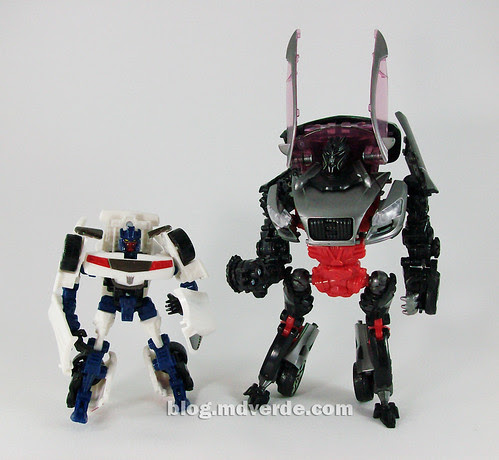Transformers Breakdown Scout RotF vs Sideways Deluxe - modo robot