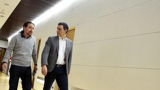 Pedro Sánchez i Pablo Iglesias en una imatge d'arxiu (EFE)