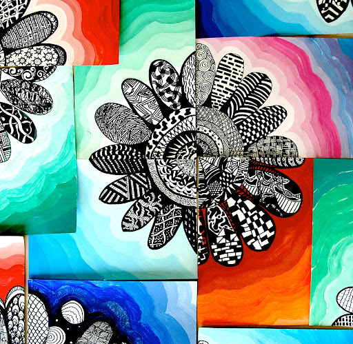 Zentangle flowers with tempera-value background