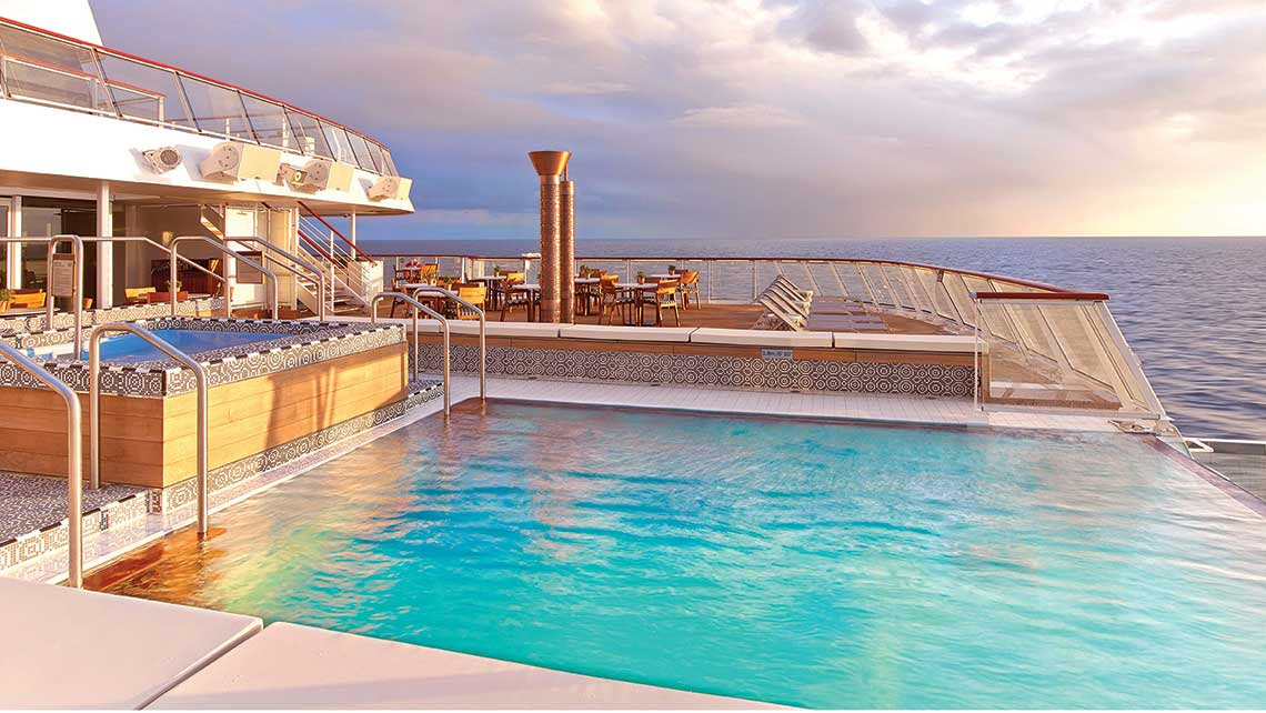 The main pool on the Viking Star. Photo Credit: Tom Stieghorst