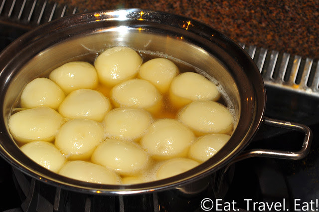 Ginger and Brown Sugar Glutinous Rice Balls Cooling