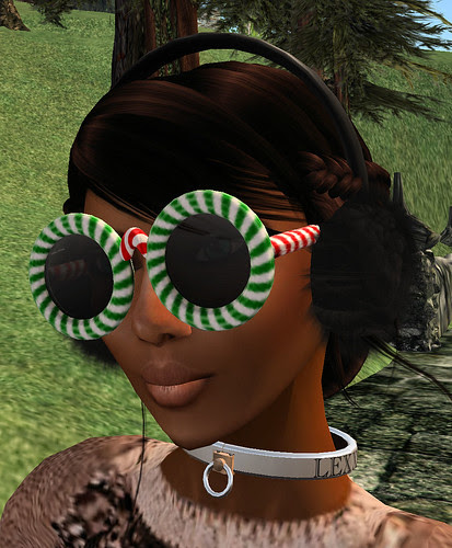 Chimney hunt 24 Shade Throne Merry X-Mass glasses