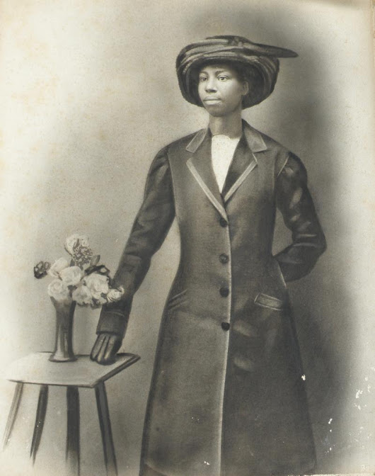 Early 20th Century African American Portraits Tell a Tale of Two Worlds