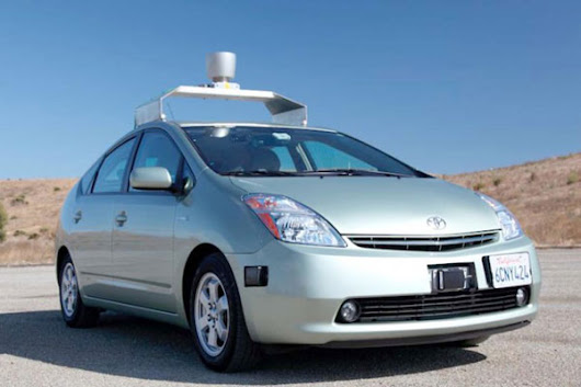 Driverless cars set for UK in 2015