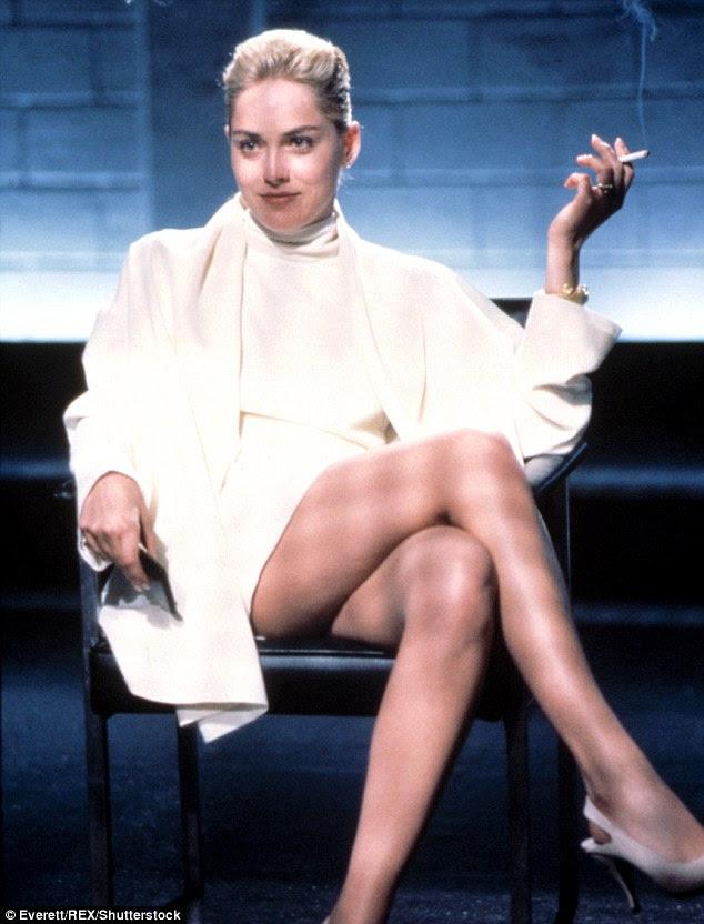 O início: Pedra foi mostrando o seu corpo tonificado desde que ela tirou a nada para seduzir Michael Douglas em 1992 de Basic Instinct