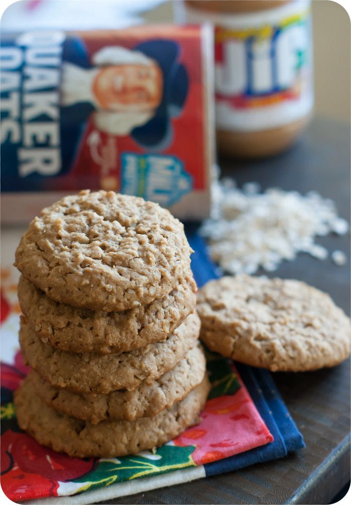 peanut butter oatmeal cookies from @bakeat350