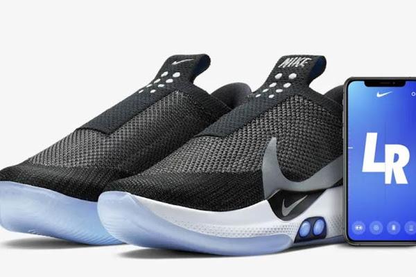 pretty nice 989ea c6233 Nike presenta unas zapatillas que se aprietan solas