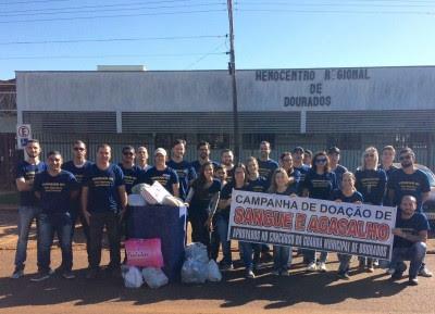 Grupo de aprovados que aguarda convocação para posse fez campanha de doação de sangue neste fim de semana (Foto: Divulgação)