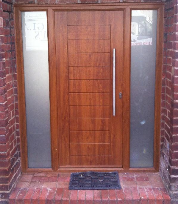 two colour door design  | 800 x 567