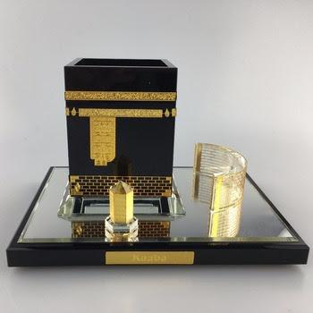 Made in USA Saudi Arabia FootWhere® Souvenir Magnet