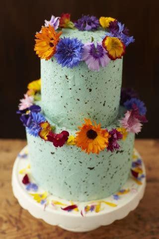 Using Fresh Flowers On Wedding Cakes   Maddocks Farm Organics