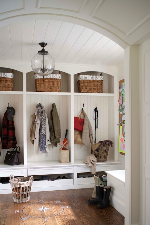 Mudroom Design - Traditional - laundry room - Muse Interiors