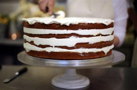 Harry e Maghan: la torta di nozze rompe con la trdizione